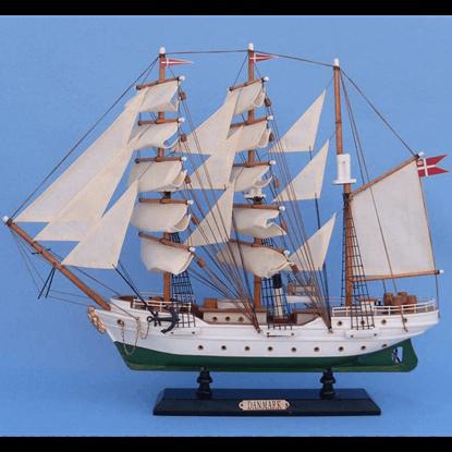 20 Inch Danmark Model Ship