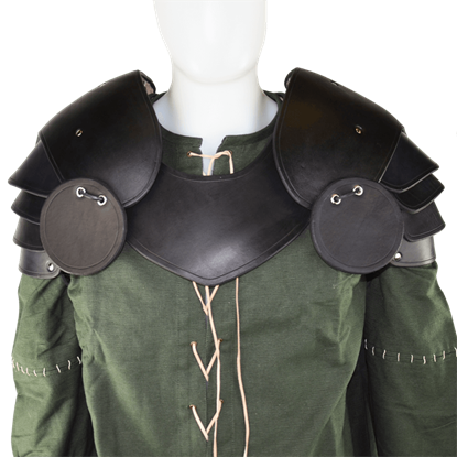 Knightly Leather Pauldrons with Besagews