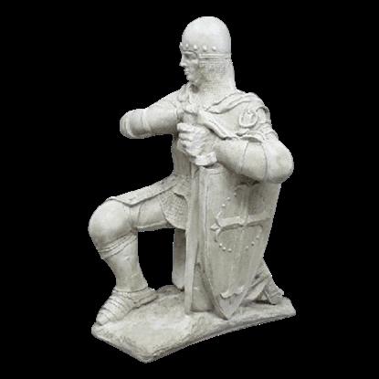Kneeling Sir Lancelot Statue