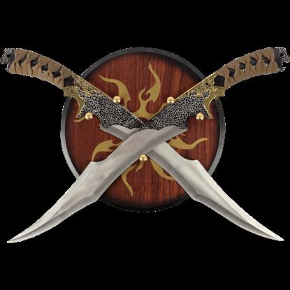 Dual Elf Daggers with Plaque